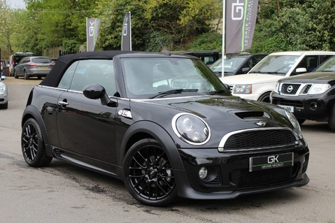 Mini Convertible COOPER SD -JCW AERO KIT- £7470 WORTH OF EXTRAS - SATNAV/DAB/XENON/KEYLESS 1