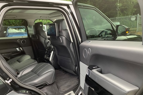 Land Rover Range Rover Sport 4.4SDV8 AUTOBIOGRAPHY DYNAMIC-REAR ENTERTAINMENT/DIGITAL TV/360 CAMS -VAT Q 40