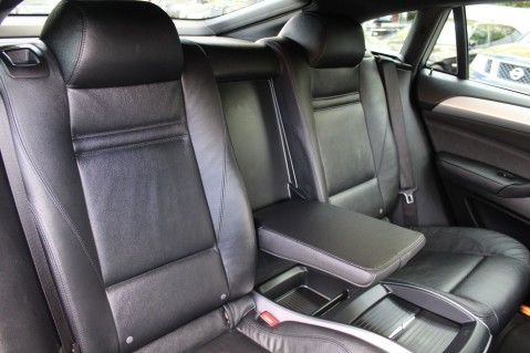 BMW X6 M50D -TOP VIEW CAMERA/PRO NAV/SUNROOF/HEATED SEATS/FULL BMW SERVICE HISTORY 32
