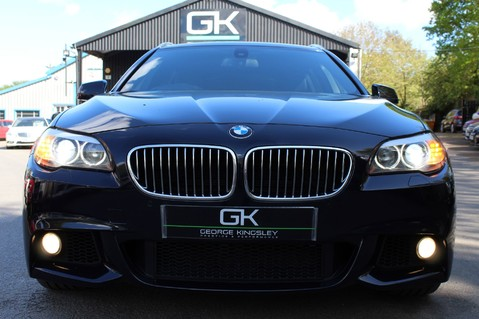 BMW 5 Series 530D M SPORT TOURING - PRO NAV / TOP VIEW CAMERAS / UPGRADED STEREO -FBMWSH 11