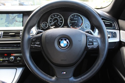 BMW 5 Series 530D M SPORT TOURING - PRO NAV / TOP VIEW CAMERAS / UPGRADED STEREO -FBMWSH 28
