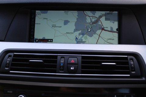 BMW 5 Series 530D M SPORT TOURING - PRO NAV / TOP VIEW CAMERAS / UPGRADED STEREO -FBMWSH 34