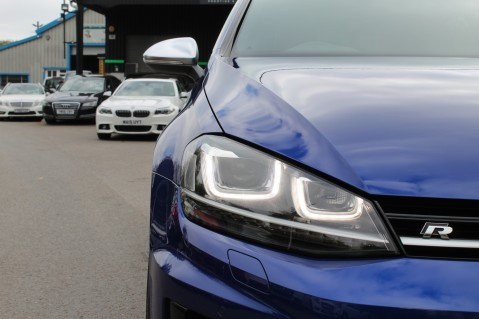 Volkswagen Golf R DSG - DISCOVER NAV PRO/PAN ROOF/LEATHER/PRETORIAS/DCC/CAMERA/LAPIS BLUE 11