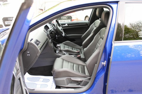 Volkswagen Golf R DSG - DISCOVER NAV PRO/PAN ROOF/LEATHER/PRETORIAS/DCC/CAMERA/LAPIS BLUE 12