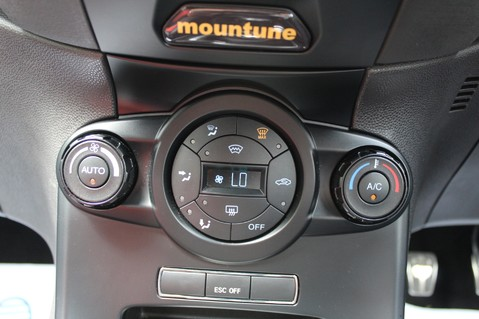 Ford Fiesta ST-3 - MOUNTUNE MP215 - FULL FORD SERVICE HISTORY - SAT NAV/BLUETOOTH 43