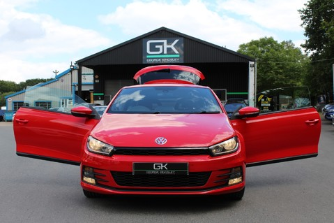 Volkswagen Scirocco GT TSI BLUEMOTION TECH - SATNAV - DAB - BLUETOOTH - TWO OWNERS - FSH 47