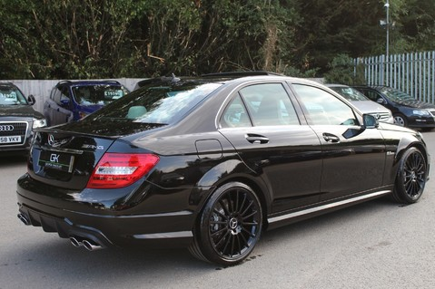 Mercedes-Benz C Class C63 AMG - 2 TONE LEATHER/LANE+BLIND SPOT ASSIST/DAB RADIO/FULL MERC S/HIST/ 6