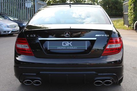 Mercedes-Benz C Class C63 AMG - 2 TONE LEATHER/LANE+BLIND SPOT ASSIST/DAB RADIO/FULL MERC S/HIST/ 8
