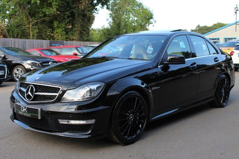 Mercedes-Benz C Class C63 AMG - 2 TONE LEATHER/LANE+BLIND SPOT ASSIST/DAB RADIO/FULL MERC S/HIST/ 3