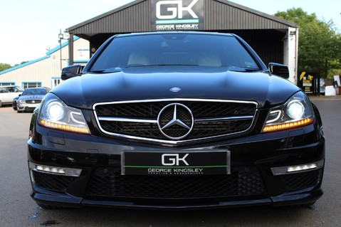 Mercedes-Benz C Class C63 AMG - 2 TONE LEATHER/LANE+BLIND SPOT ASSIST/DAB RADIO/FULL MERC S/HIST/ 23