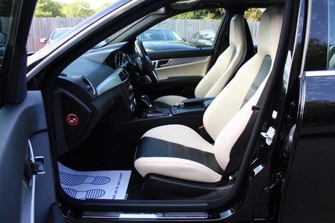 Mercedes-Benz C Class C63 AMG - 2 TONE LEATHER/LANE+BLIND SPOT ASSIST/DAB RADIO/FULL MERC S/HIST/ 5