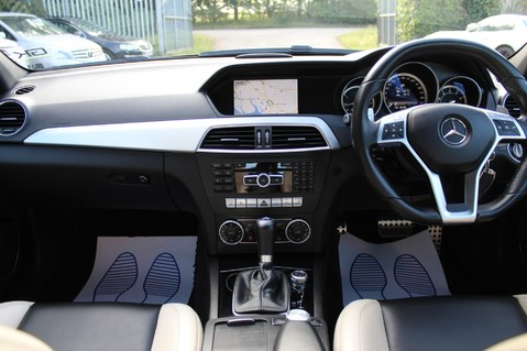 Mercedes-Benz C Class C63 AMG - 2 TONE LEATHER/LANE+BLIND SPOT ASSIST/DAB RADIO/FULL MERC S/HIST/ 9