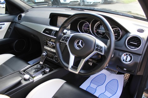 Mercedes-Benz C Class C63 AMG - 2 TONE LEATHER/LANE+BLIND SPOT ASSIST/DAB RADIO/FULL MERC S/HIST/ 45