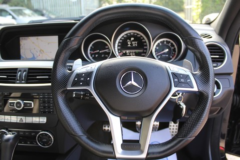 Mercedes-Benz C Class C63 AMG - 2 TONE LEATHER/LANE+BLIND SPOT ASSIST/DAB RADIO/FULL MERC S/HIST/ 50