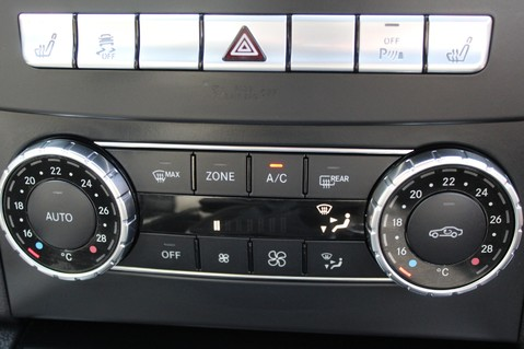 Mercedes-Benz C Class C63 AMG - 2 TONE LEATHER/LANE+BLIND SPOT ASSIST/DAB RADIO/FULL MERC S/HIST/ 60