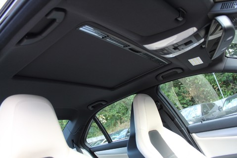 Mercedes-Benz C Class C63 AMG - 2 TONE LEATHER/LANE+BLIND SPOT ASSIST/DAB RADIO/FULL MERC S/HIST/ 66