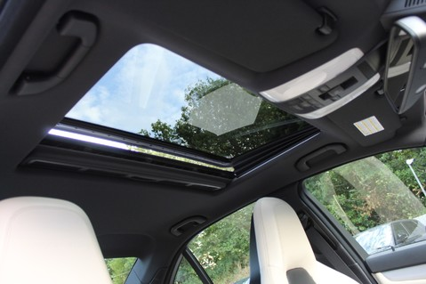 Mercedes-Benz C Class C63 AMG - 2 TONE LEATHER/LANE+BLIND SPOT ASSIST/DAB RADIO/FULL MERC S/HIST/ 67