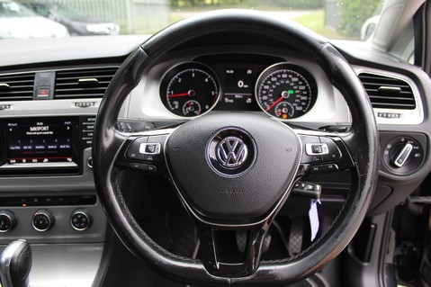 Volkswagen Golf MATCH TDI B/MOTION TECH DSG - £20 TAX - ADAPTIVE CRUISE - PARK PILOT - DAB 26