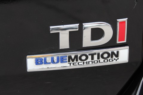 Volkswagen Golf MATCH TDI B/MOTION TECH DSG - £20 TAX - ADAPTIVE CRUISE - PARK PILOT - DAB 42