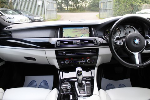 BMW 5 Series 530D M SPORT - EURO 6 -PLUS PACK/CAMERA/SILK GREY LEATHER - £6.5K EXTRAS 19