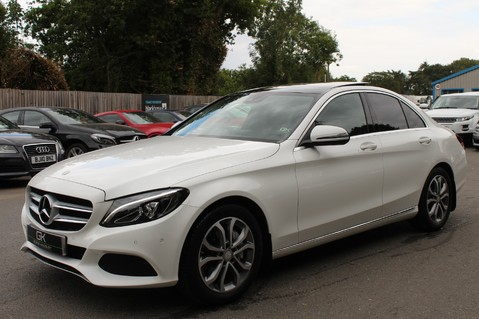 Mercedes-Benz C Class C250 D SPORT PREMIUM PLUS - PAN ROOF - COMAND - BURMESTER SOUND 9