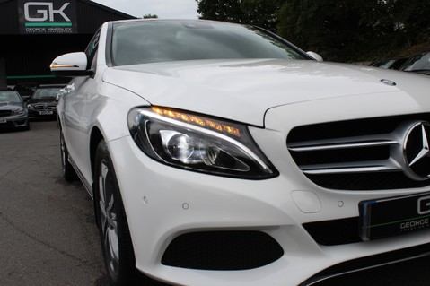 Mercedes-Benz C Class C250 D SPORT PREMIUM PLUS - PAN ROOF - COMAND - BURMESTER SOUND 16