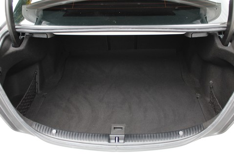 Mercedes-Benz C Class C250 D SPORT PREMIUM PLUS - PAN ROOF - COMAND - BURMESTER SOUND 51