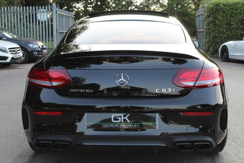Mercedes-Benz C Class AMG C 63 S PREMIUM - DISTRONIC/HEAD UP/360 CAM/CARBON FIBRE/NIGHT PK/LANE A 7