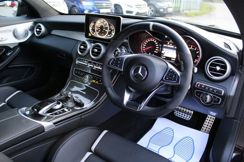 Mercedes-Benz C Class AMG C 63 S PREMIUM - DISTRONIC/HEAD UP/360 CAM/CARBON FIBRE/NIGHT PK/LANE A 48