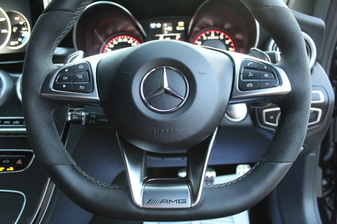 Mercedes-Benz C Class AMG C 63 S PREMIUM - DISTRONIC/HEAD UP/360 CAM/CARBON FIBRE/NIGHT PK/LANE A 59