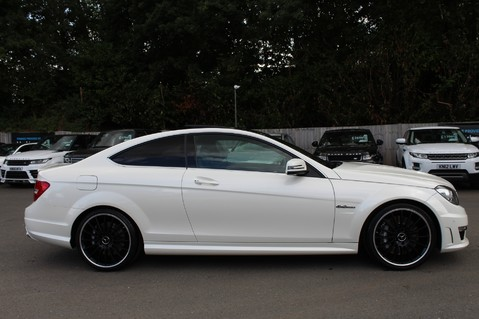 Mercedes-Benz C Class C63 AMG - 510 BHP - DIAMOND WHITE/HARMAN KARDON/PAN ROOF/DAB/COMAND -FMBSH 4