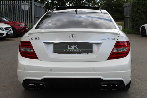 Mercedes-Benz C Class C63 AMG - 510 BHP - DIAMOND WHITE/HARMAN KARDON/PAN ROOF/DAB/COMAND -FMBSH 6