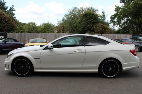 Mercedes-Benz C Class C63 AMG - 510 BHP - DIAMOND WHITE/HARMAN KARDON/PAN ROOF/DAB/COMAND -FMBSH 7