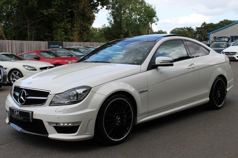 Mercedes-Benz C Class C63 AMG - 510 BHP - DIAMOND WHITE/HARMAN KARDON/PAN ROOF/DAB/COMAND -FMBSH 8