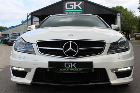 Mercedes-Benz C Class C63 AMG - 510 BHP - DIAMOND WHITE/HARMAN KARDON/PAN ROOF/DAB/COMAND -FMBSH 9