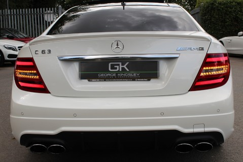 Mercedes-Benz C Class C63 AMG - 510 BHP - DIAMOND WHITE/HARMAN KARDON/PAN ROOF/DAB/COMAND -FMBSH 16