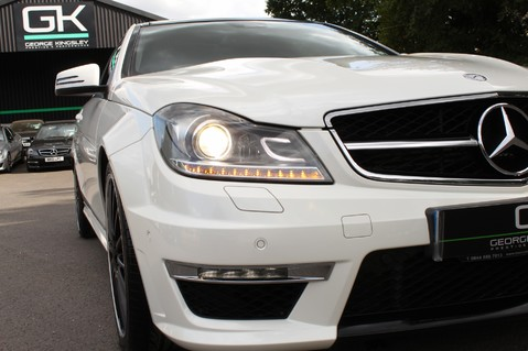 Mercedes-Benz C Class C63 AMG - 510 BHP - DIAMOND WHITE/HARMAN KARDON/PAN ROOF/DAB/COMAND -FMBSH 21