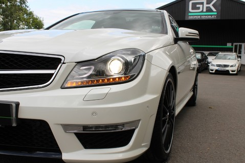 Mercedes-Benz C Class C63 AMG - 510 BHP - DIAMOND WHITE/HARMAN KARDON/PAN ROOF/DAB/COMAND -FMBSH 22