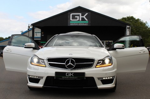 Mercedes-Benz C Class C63 AMG - 510 BHP - DIAMOND WHITE/HARMAN KARDON/PAN ROOF/DAB/COMAND -FMBSH 25