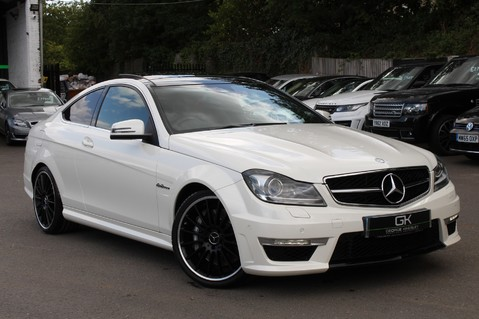 Mercedes-Benz C Class C63 AMG - 510 BHP - DIAMOND WHITE/HARMAN KARDON/PAN ROOF/DAB/COMAND -FMBSH 1
