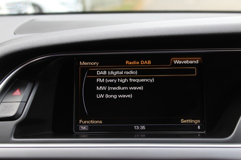 Audi A5 TDI QUATTRO S LINE - SAT NAV/DAB RADIO/LEATHER/20S/BLACK PACK/ 39