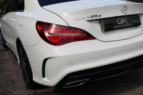 Mercedes-Benz Cla Class CLA 220 D WHITEART EDITION - EURO 6 - RARE CAR - ONE OWNER -LIKE AMG LINE 21