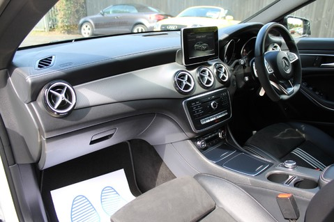Mercedes-Benz Cla Class CLA 220 D WHITEART EDITION - EURO 6 - RARE CAR - ONE OWNER -LIKE AMG LINE 33