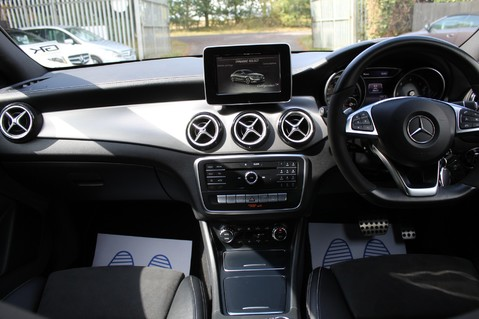 Mercedes-Benz Cla Class CLA 220 D WHITEART EDITION - EURO 6 - RARE CAR - ONE OWNER -LIKE AMG LINE 37