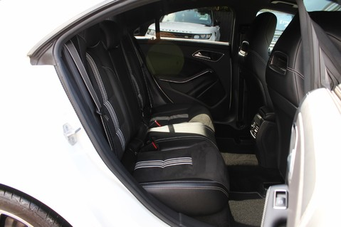 Mercedes-Benz Cla Class CLA 220 D WHITEART EDITION - EURO 6 - RARE CAR - ONE OWNER -LIKE AMG LINE 40