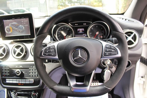 Mercedes-Benz Cla Class CLA 220 D WHITEART EDITION - EURO 6 - RARE CAR - ONE OWNER -LIKE AMG LINE 50