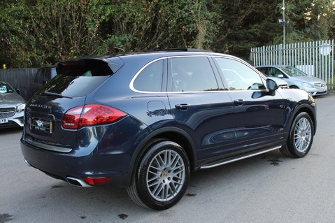 Porsche Cayenne D V6 TIPTRONIC S - PAN ROOF/PCM/ELECTRIC TOWBAR/POWER BOOT/11K EXTRAS 5