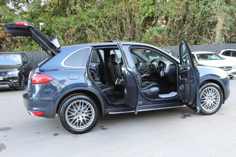 Porsche Cayenne D V6 TIPTRONIC S - PAN ROOF/PCM/ELECTRIC TOWBAR/POWER BOOT/11K EXTRAS 17