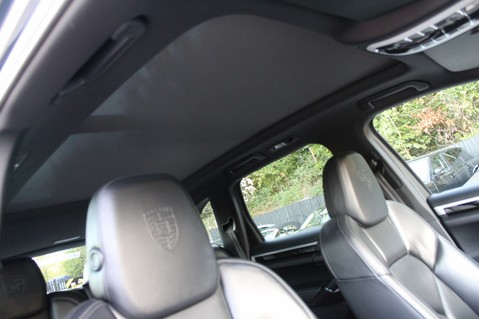 Porsche Cayenne D V6 TIPTRONIC S - PAN ROOF/PCM/ELECTRIC TOWBAR/POWER BOOT/11K EXTRAS 49