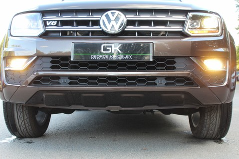 Volkswagen Amarok DC V6 TDI HIGHLINE 4MOTION - CHROME BARS - TWO TONE LEATHER - ONE OWNER 24